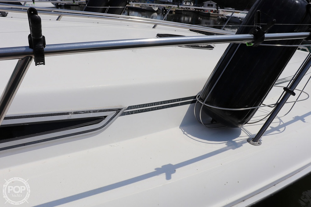 1990 Sea Ray boat for sale, model of the boat is 420 Sundancer & Image # 21 of 40