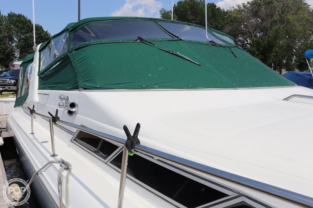 1990 Sea Ray boat for sale, model of the boat is 420 Sundancer & Image # 23 of 40