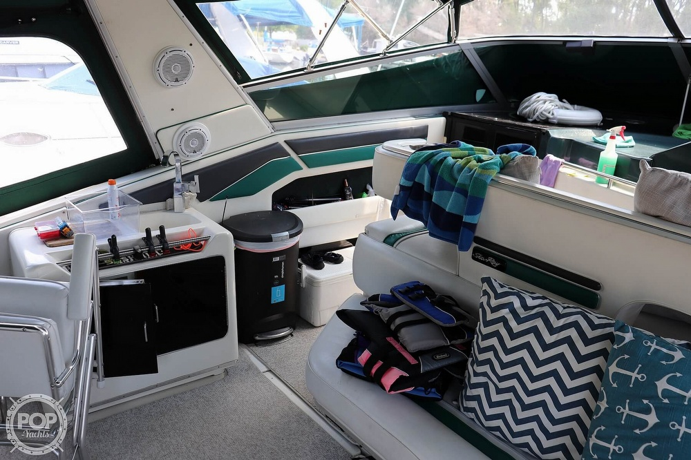 1990 Sea Ray boat for sale, model of the boat is 420 Sundancer & Image # 35 of 40