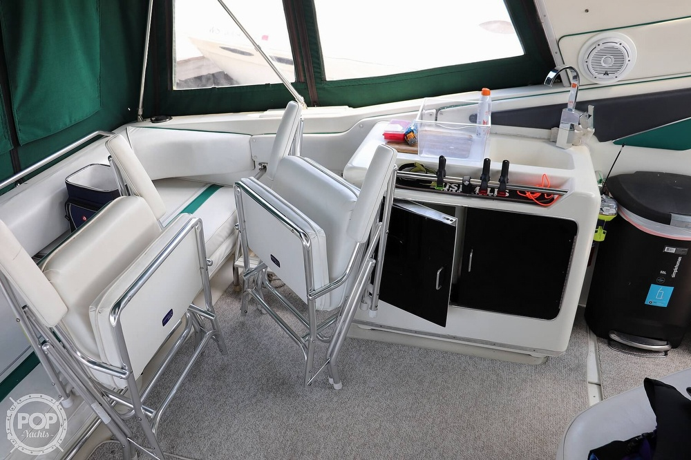 1990 Sea Ray boat for sale, model of the boat is 420 Sundancer & Image # 39 of 40