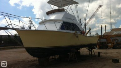 Hampton 32, 32', for sale - $38,500