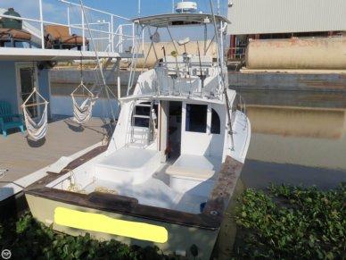 Hampton 32, 32', for sale - $38,500