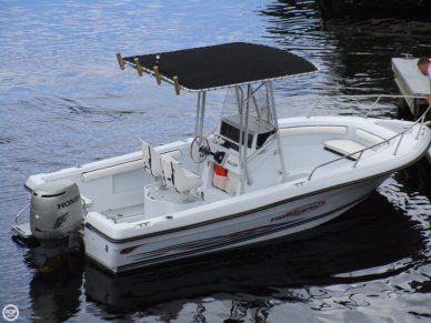 Triumph 210 Center Console, 22', for sale - $15,000