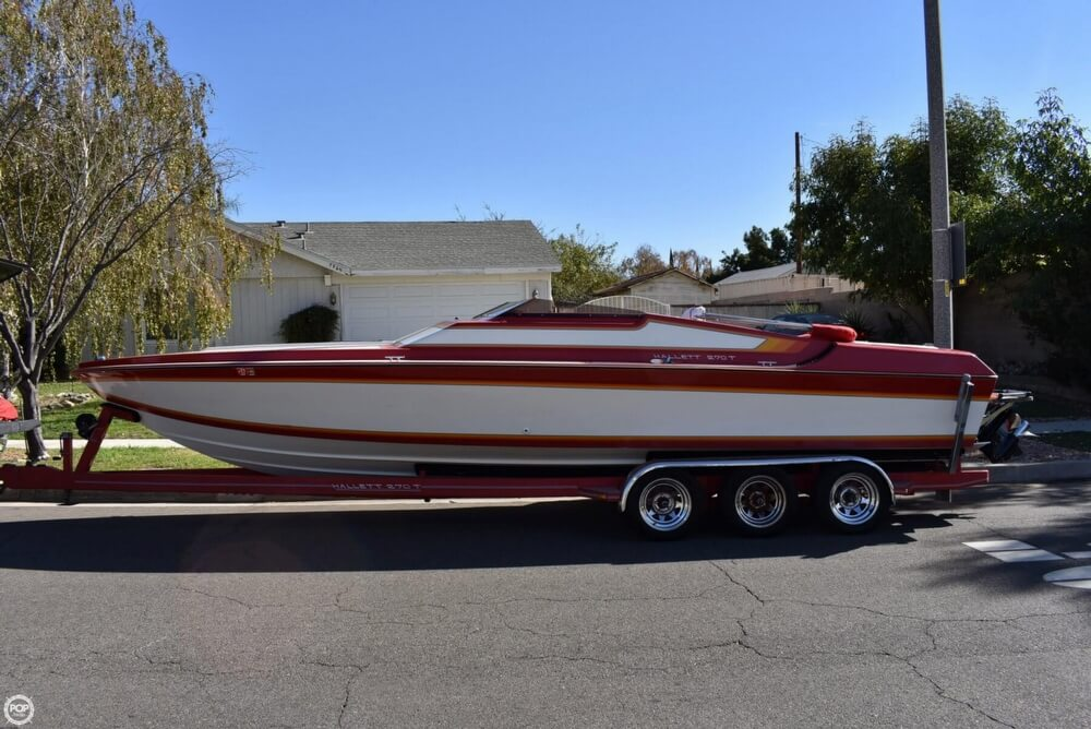 1988 Hallett boat for sale, model of the boat is 270-T & Image # 29 of 40