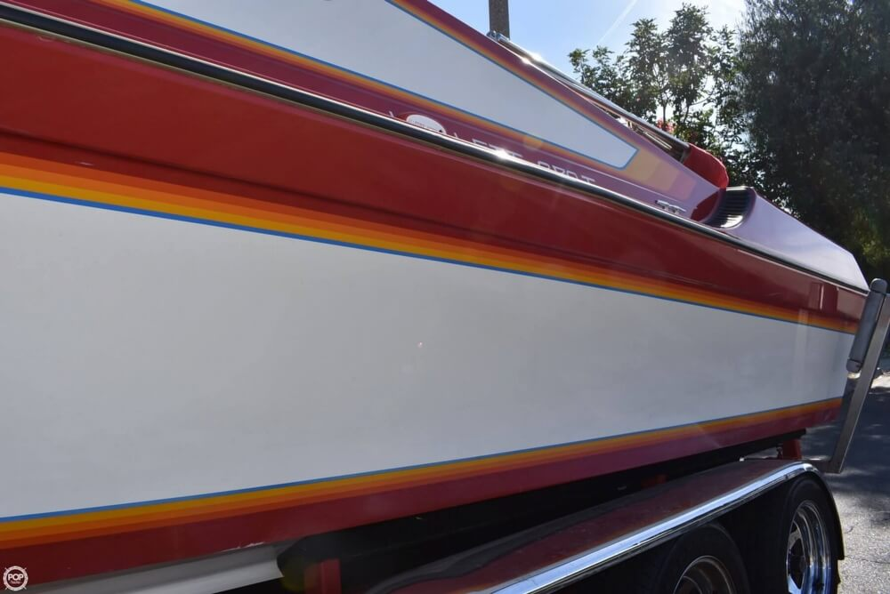 1988 Hallett boat for sale, model of the boat is 270-T & Image # 37 of 40