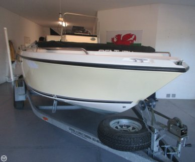 Century 1800 CC, 17', for sale - $16,500