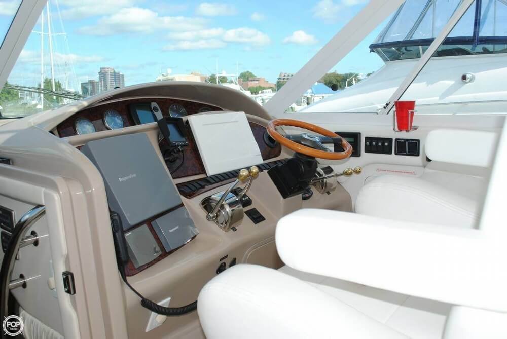 2004 Sea Ray boat for sale, model of the boat is 390 Motoryacht & Image # 2 of 40