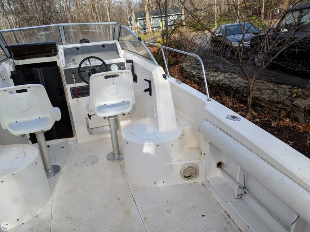 1997 Wellcraft boat for sale, model of the boat is 220 Coastal & Image # 14 of 40