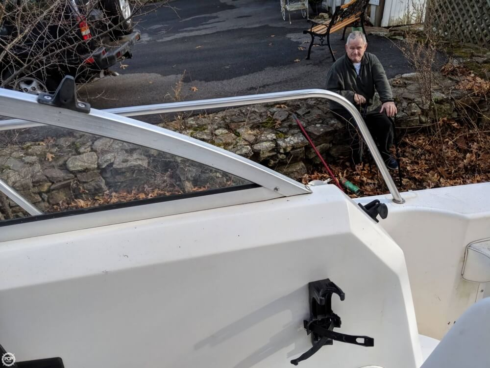 1997 Wellcraft boat for sale, model of the boat is 220 Coastal & Image # 32 of 40