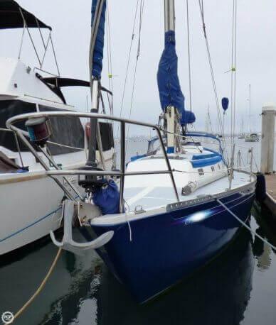 Islander 36, 36', for sale - $50,000