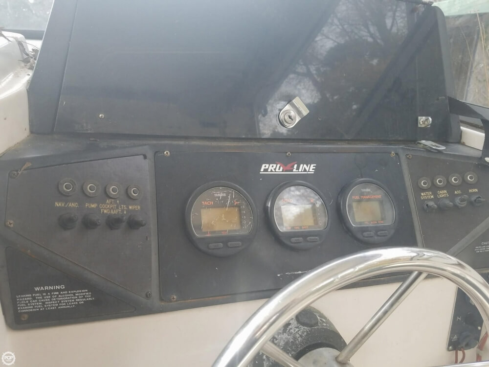 1994 Pro-Line boat for sale, model of the boat is 240 & Image # 7 of 22