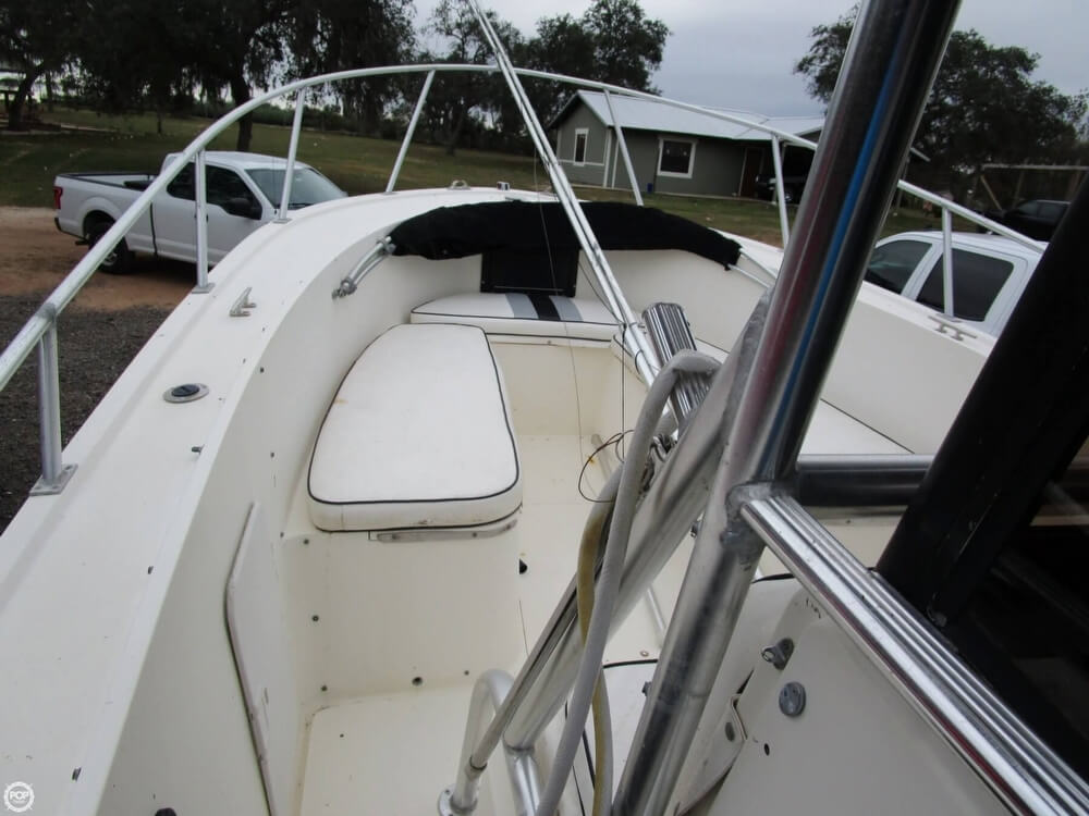 1987 Mako boat for sale, model of the boat is 261 & Image # 14 of 41