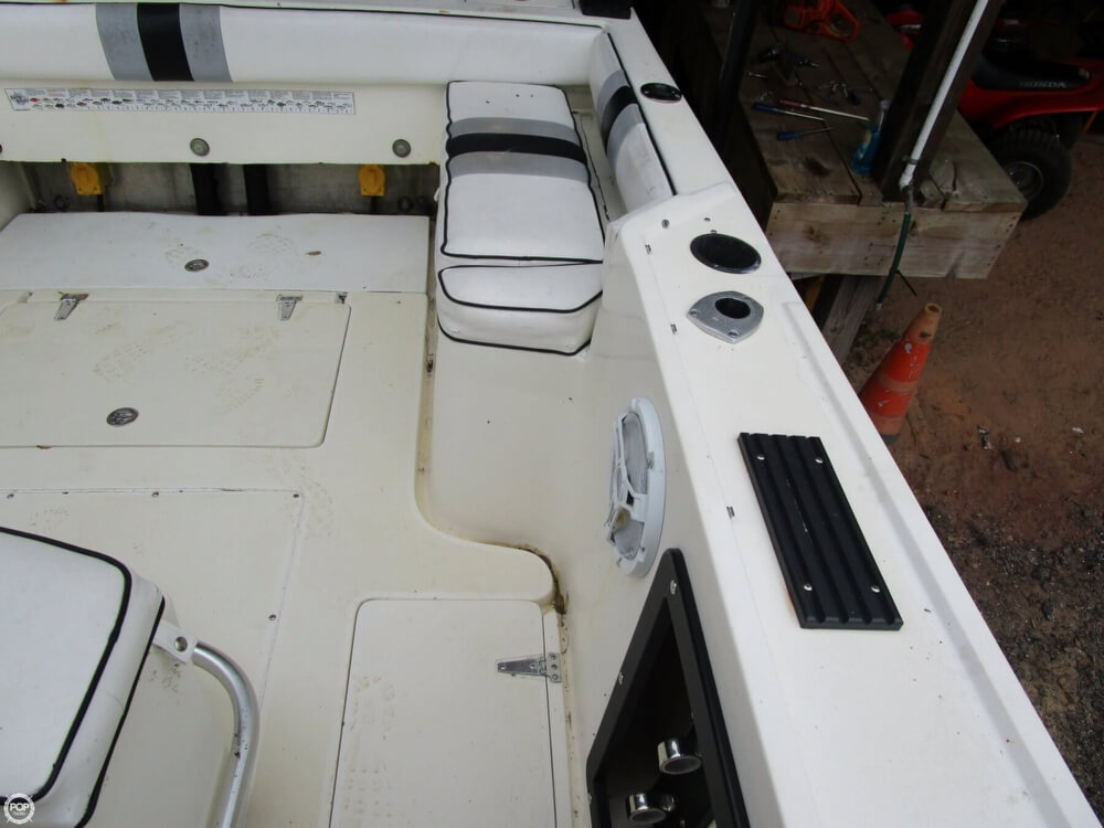 1987 Mako boat for sale, model of the boat is 261 & Image # 27 of 41