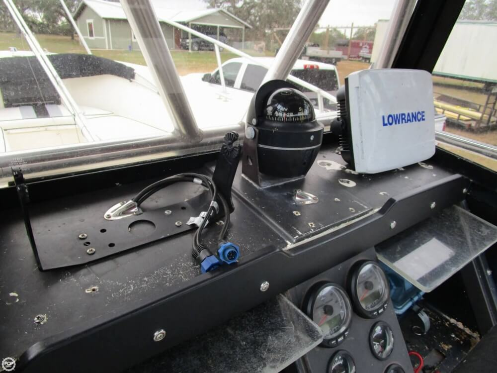 1987 Mako boat for sale, model of the boat is 261 & Image # 33 of 41