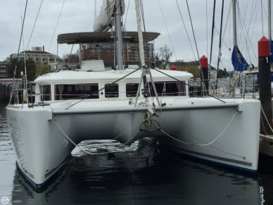Lagoon 450 Flybridge, 45', for sale - $590,000