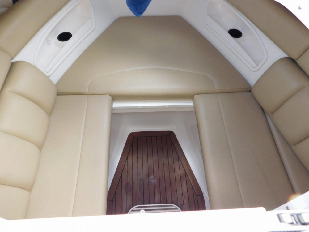 2008 Boston Whaler 320 Outrage Cuddy - image 13