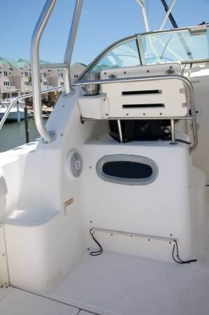 2003 Boston Whaler 29 - image 15
