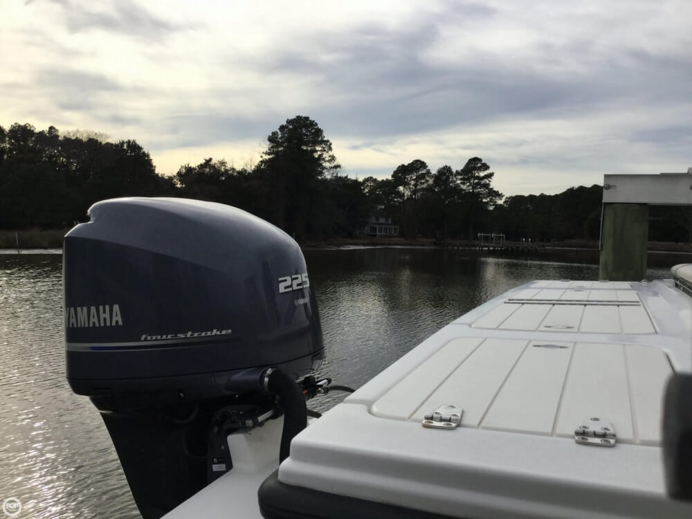 2014 Parker Marine boat for sale, model of the boat is 2320 SL SC & Image # 34 of 40