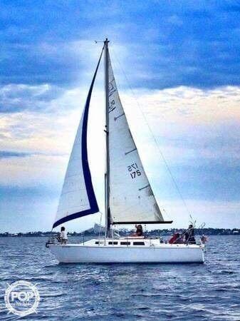 Laguna 30, 30', for sale - $15,500