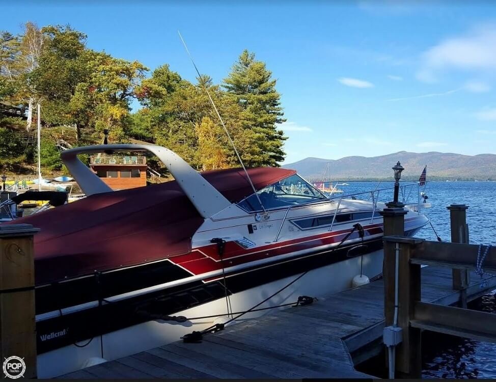 1985 Wellcraft boat for sale, model of the boat is St. Tropez 3200 & Image # 4 of 30