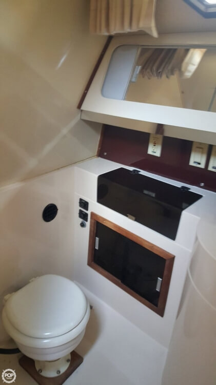 1985 Wellcraft boat for sale, model of the boat is St. Tropez 3200 & Image # 23 of 30