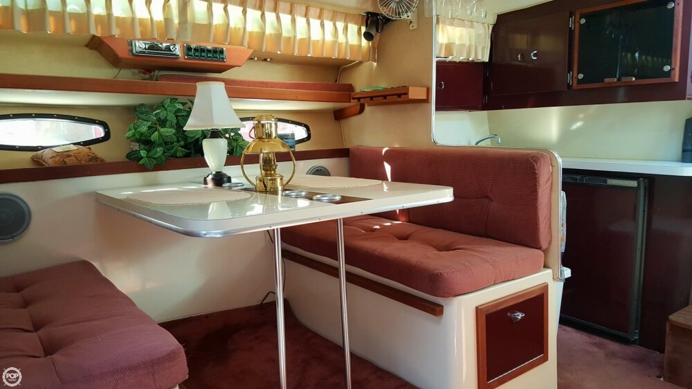 1985 Wellcraft boat for sale, model of the boat is St. Tropez 3200 & Image # 10 of 30