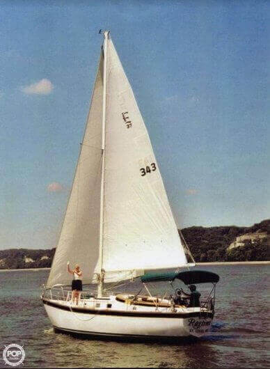 Endeavor 37, 37', for sale - $18,500