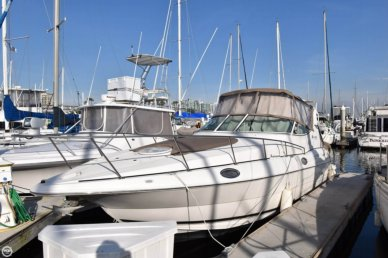 Cruisers 3075 Express, 33', for sale - $68,900