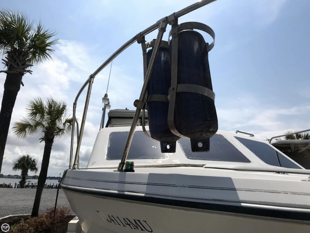 2004 Bayliner boat for sale, model of the boat is 289 classic & Image # 13 of 40