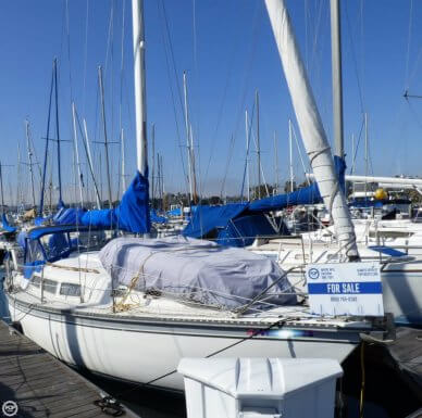 Newport 33, 33', for sale - $19,900