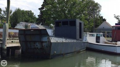 United Boat Builders 36, 36', for sale - $17,500