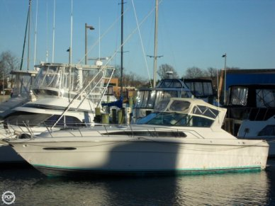 Sea Ray 390 Express, 40', for sale - $23,500