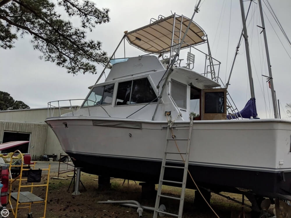 1979 Uniflite boat for sale, model of the boat is 38 Convertible & Image # 2 of 40