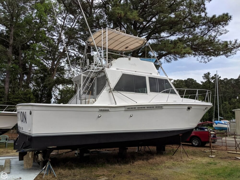 1979 Uniflite boat for sale, model of the boat is 38 Convertible & Image # 12 of 40