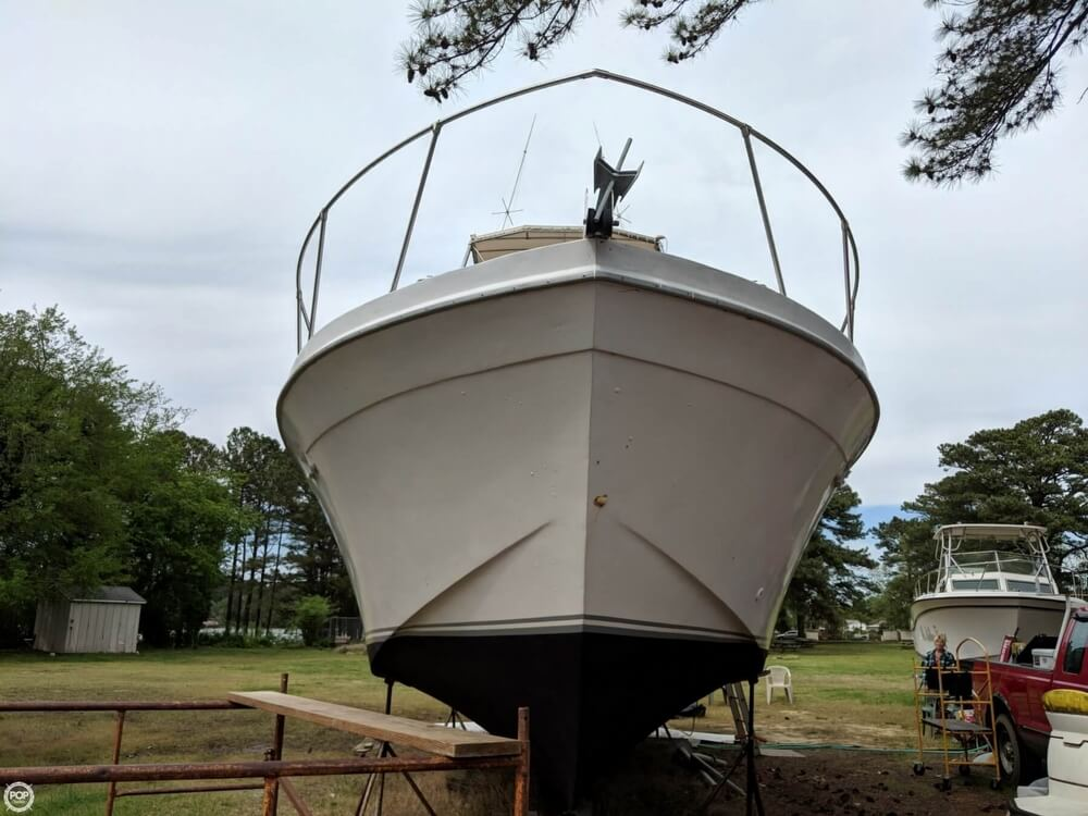 1979 Uniflite boat for sale, model of the boat is 38 Convertible & Image # 15 of 40