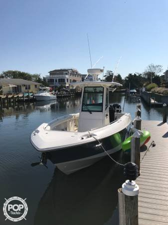 Boston Whaler 280 Outrage, 28', for sale - $155,000