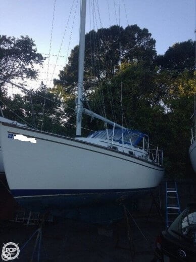 Island Packet 26 II, 29', for sale - $11,900