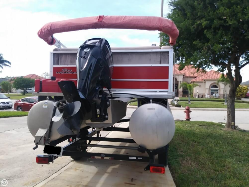 2014 Sun Tracker boat for sale, model of the boat is Bass Buggy 16 DLX & Image # 6 of 40