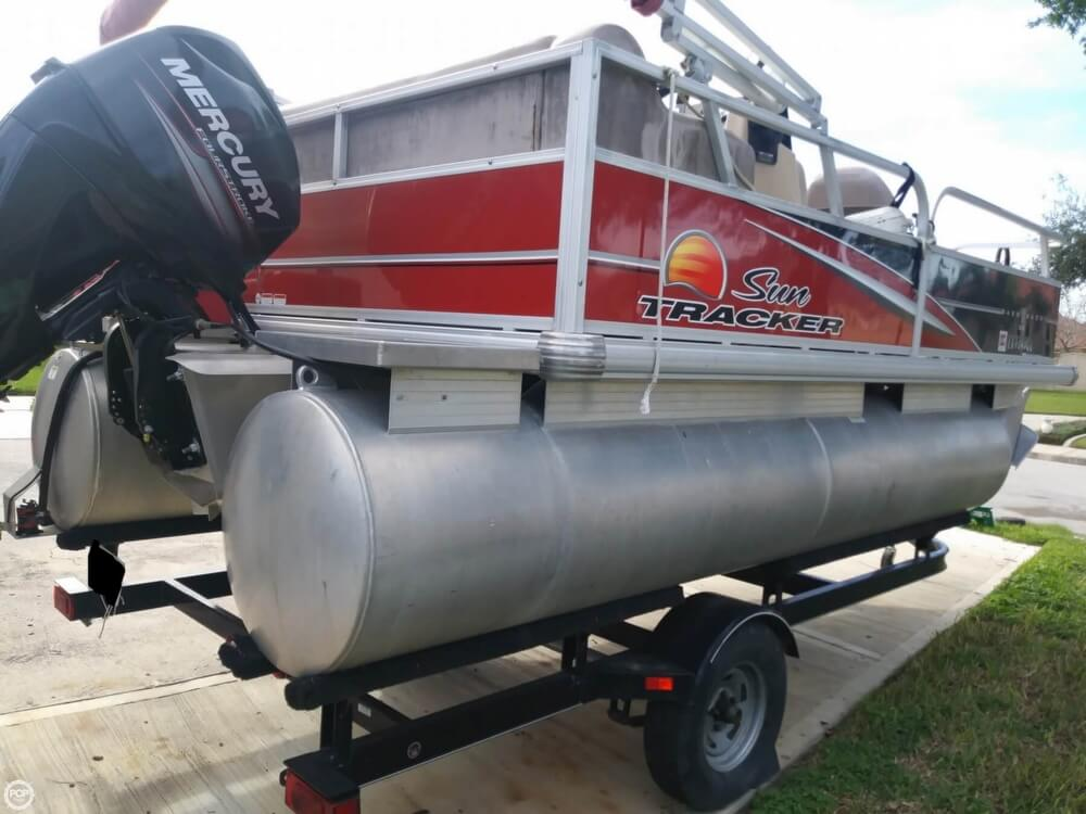 2014 Sun Tracker boat for sale, model of the boat is Bass Buggy 16 DLX & Image # 11 of 40