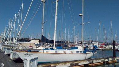 Islander 44, 43', for sale - $83,400