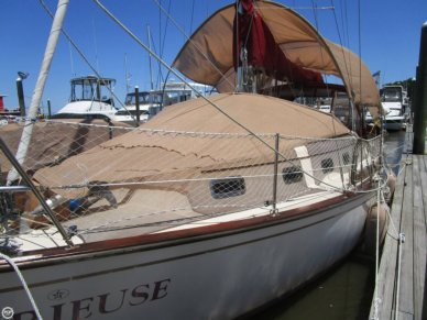 Island Packet 32, 32', for sale - $49,900