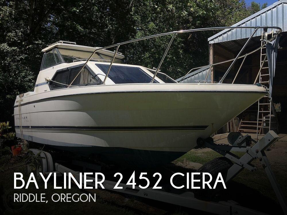 1995 Bayliner 2452 Ciera