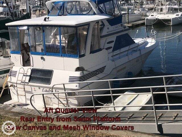 1990 Sea Ray boat for sale, model of the boat is 440 Aft Cabin & Image # 2 of 40