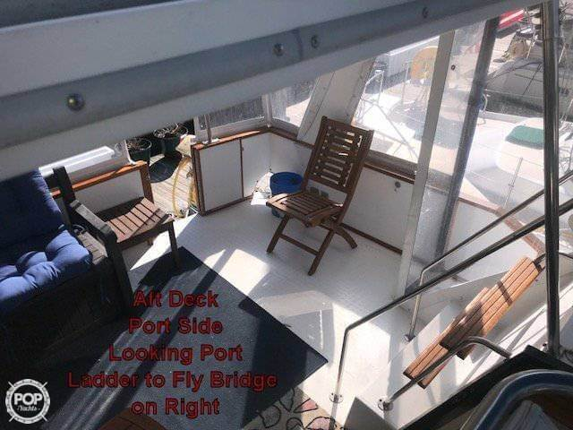 1990 Sea Ray boat for sale, model of the boat is 440 Aft Cabin & Image # 3 of 40