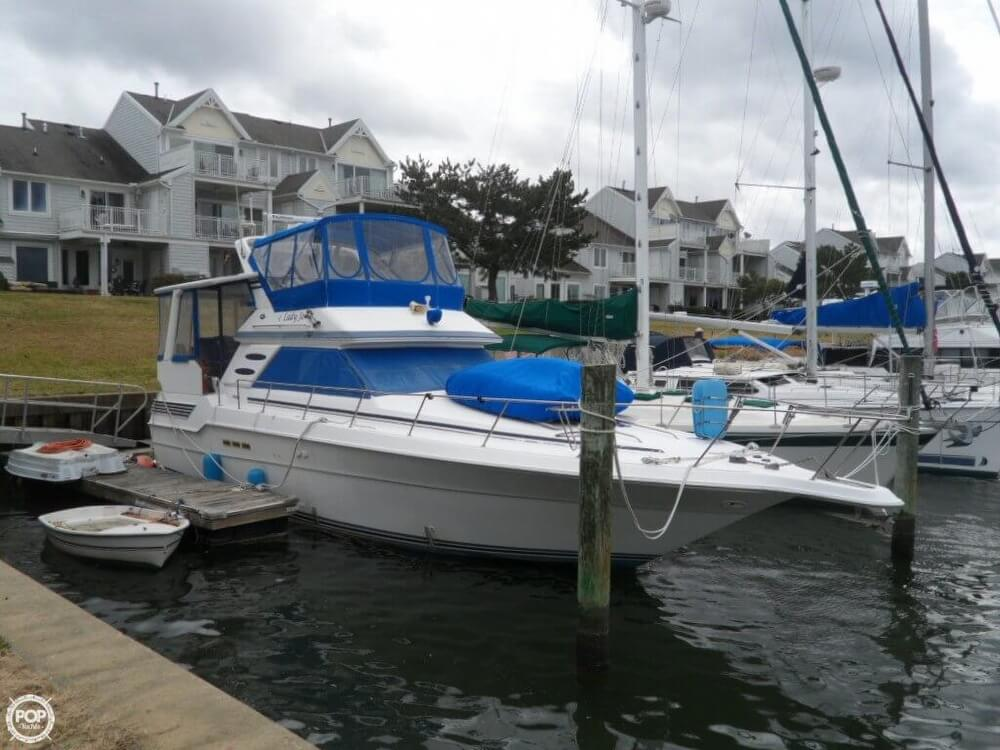1990 Sea Ray boat for sale, model of the boat is 440 Aft Cabin & Image # 27 of 40