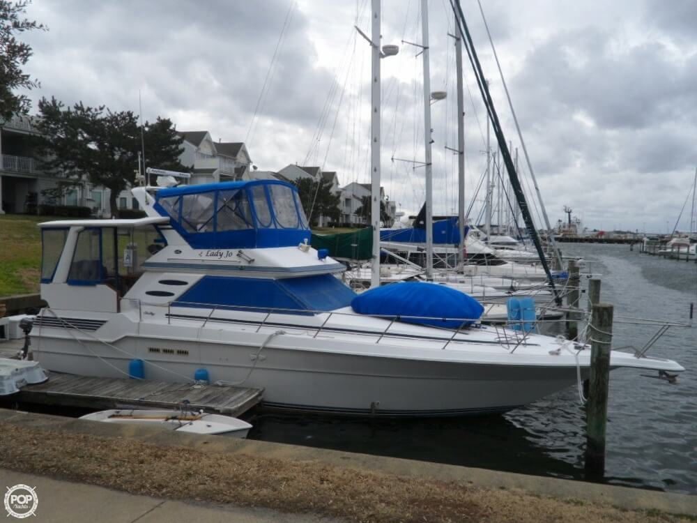 1990 Sea Ray boat for sale, model of the boat is 440 Aft Cabin & Image # 29 of 40