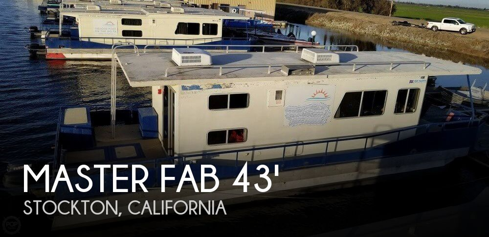 Used Houseboats For Sale in Sacramento, California by owner | 1987 Master Fabricators 43