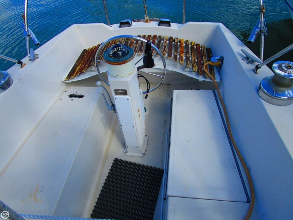 1973 Irwin boat for sale, model of the boat is 37-1 & Image # 30 of 40