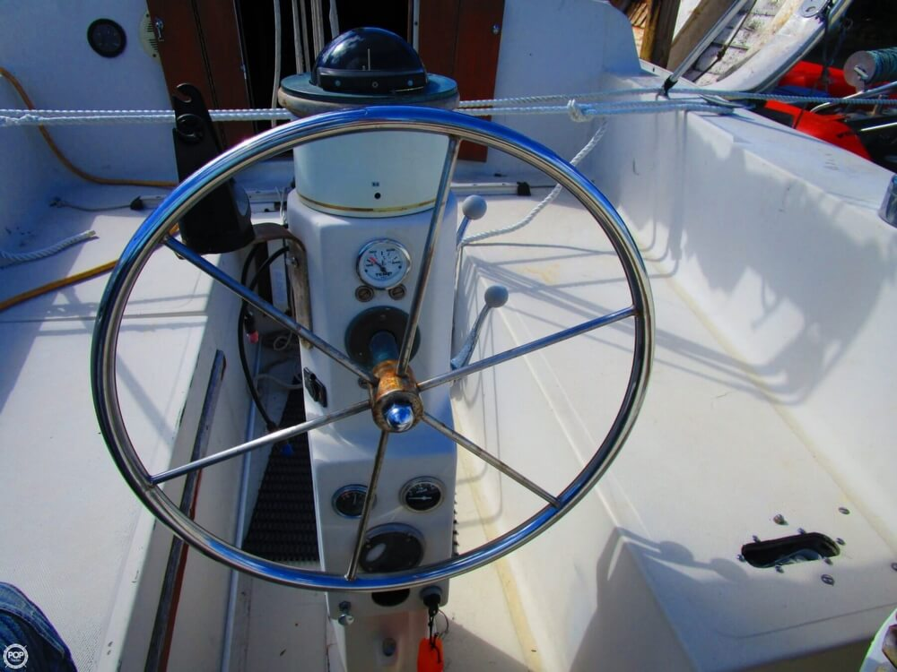 1973 Irwin boat for sale, model of the boat is 37-1 & Image # 34 of 40