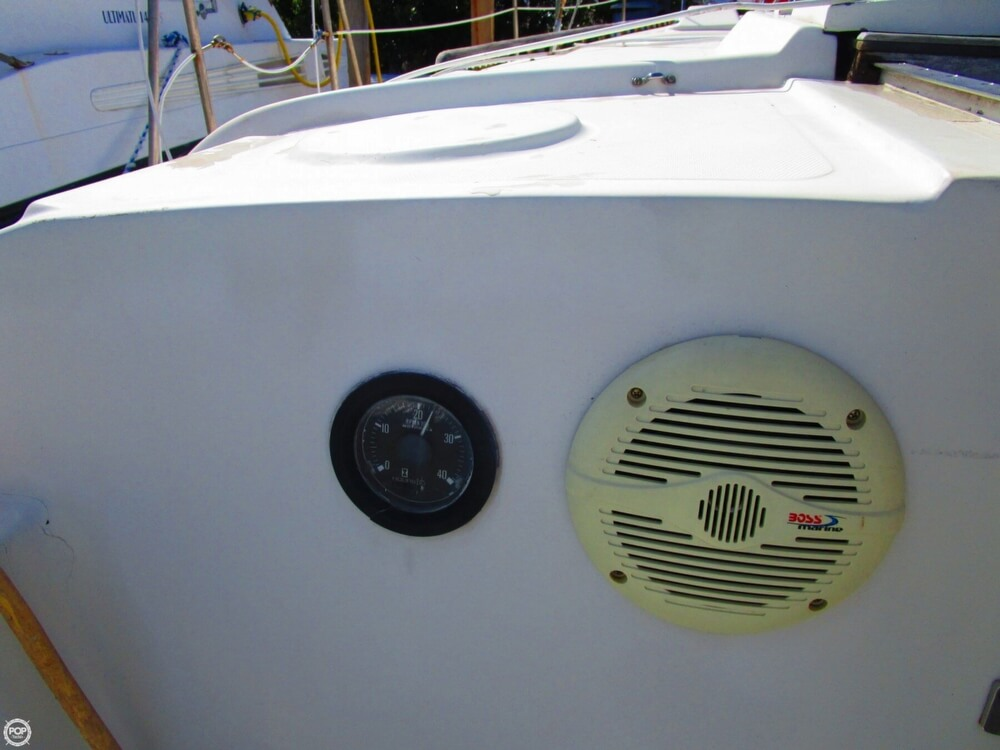 1973 Irwin boat for sale, model of the boat is 37-1 & Image # 38 of 40